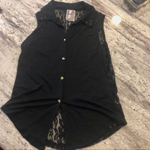 3/15$ Sleeveless black lace top with metal studs